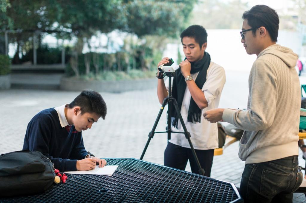 林森與組員拍攝Magic Pen